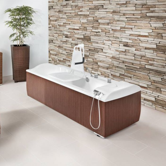Electric medical bathtub / with lift seat / height-adjustable ...