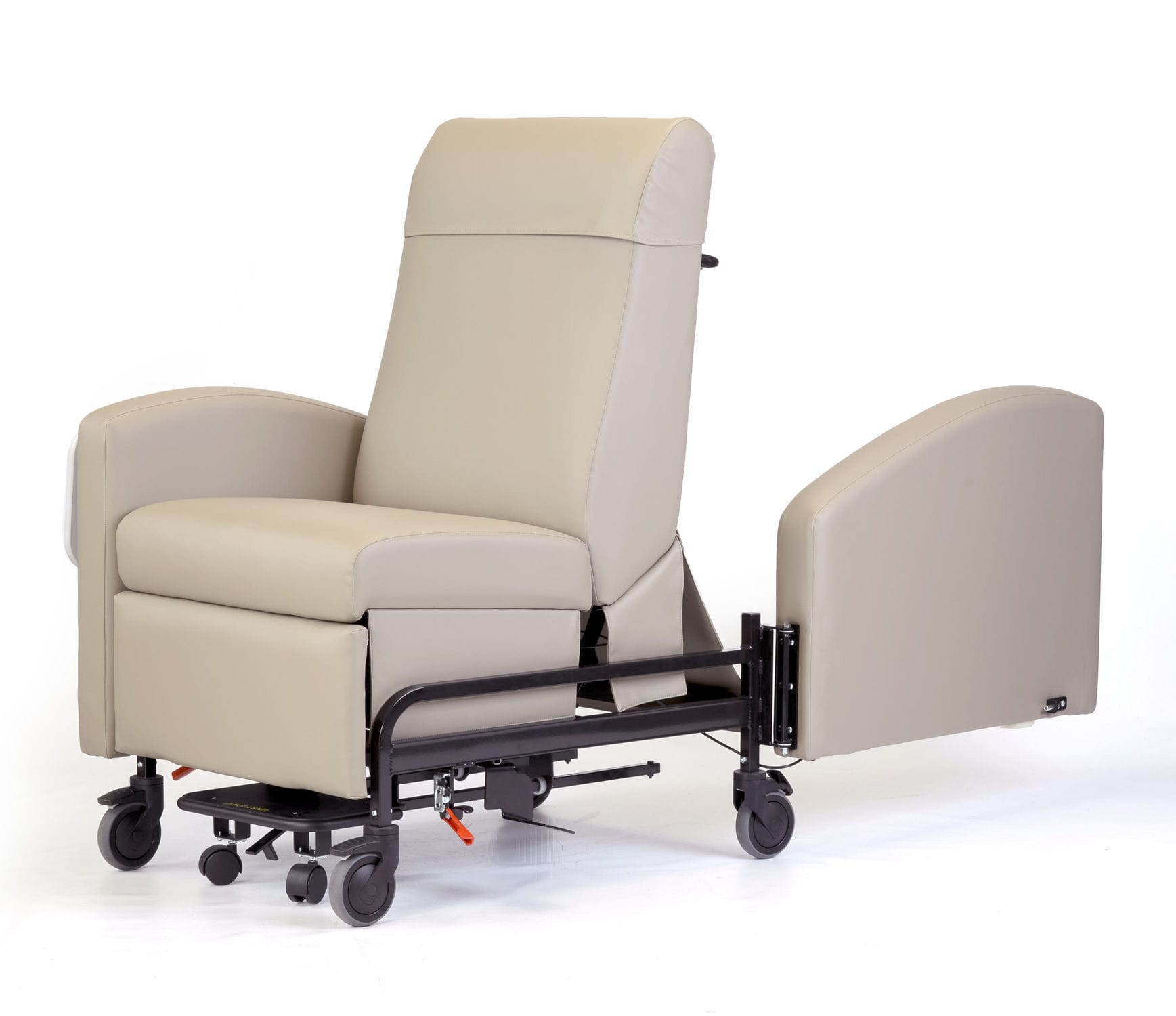 Reclining patient chair on casters with legrest manual