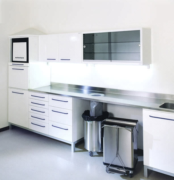Sterilization cabinet / for dental instruments / for dental ...