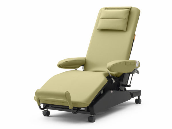 Genial Electric Hemodialysis Chair / 3 Section / Height Adjustable ...