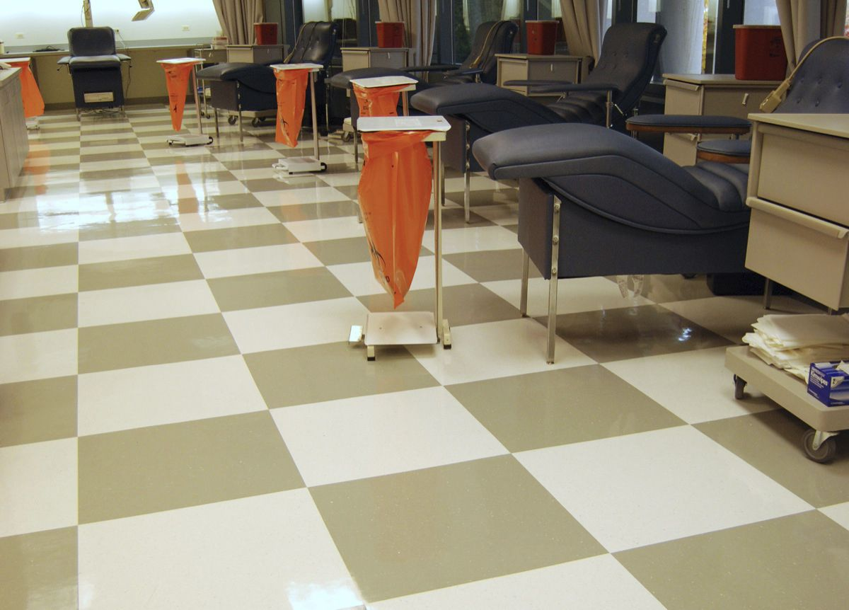 ... Vinyl Flooring / Antimicrobial Health Design™ Flexco