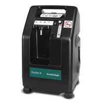 Oxygen concentrator on casters / veterinary
