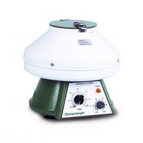 Veterinary laboratory centrifuge / bench-top