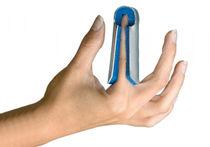 Finger splint / cot