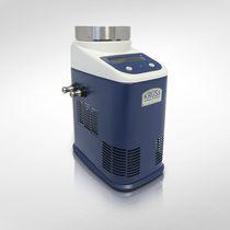 Peltier effect thermostat / laboratory / compact / digital