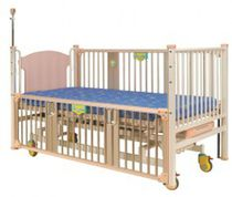 Pediatric bed / electric / medical / on casters