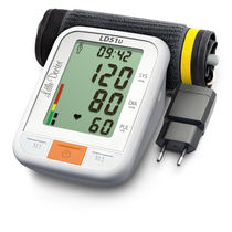 Automatic blood pressure monitor / arm / with built-in cuff / oscillometric