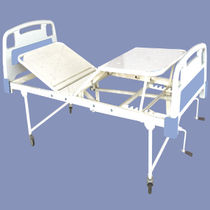 Hospital bed / manual / fixed-height / on casters