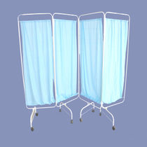 Hospital screen on casters / 4-panel / with curtain