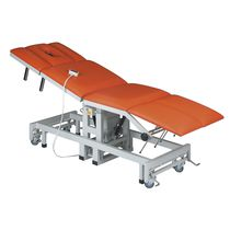 Electric chiropractic table / height-adjustable / 4-section