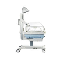 Infant radiant warmer on casters / height-adjustable
