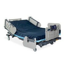 Hospital bed / electric / height-adjustable / bariatric