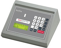 Compact pulse oximeter