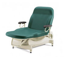 Electric examination table / height-adjustable / 2 sections / bariatric