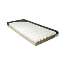 Hospital bed mattress / foam / anti-decubitus / grooved structure