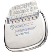 Implantable neurostimulator / medullary / self-adjusting