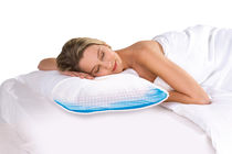 Support pillow / water