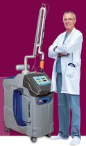 Tattoo removal laser / pigmented lesion treatment / Nd:YAG / trolley-mounted