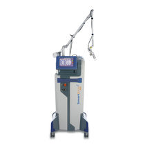 Vulvo-vaginal rejuvenation laser / CO2 / diode / trolley-mounted