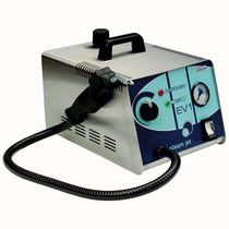 Dental laboratory steam generator