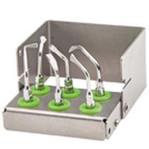 Piezoelectric ultrasonic insert / for dental surgery