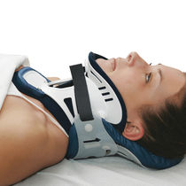Rigid cervical collar / with thoracic extension / with chin rest / with tracheostomy opening