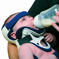 Rigid cervical collar / with tracheostomy opening / C4 / pediatric