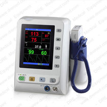 Intensive care vital signs monitor / SpO2 / NIBP / TEMP
