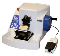 Rotary microtome / automatic