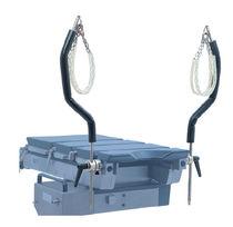 Operating table leg holder / chain
