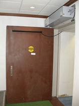 Swing door / hospital / laboratory / radiation shielding