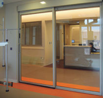 Hospital door / sliding / telescopic / roll-up