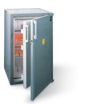 Hospital refrigerator / cabinet / lead-lined / 1-door