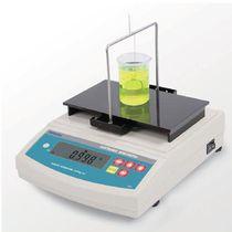 Liquid densimeter / laboratory