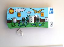 Horizontal bed head unit / wall-mounted / pediatric / with light