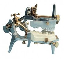 Fully-adjustable dental articulator / brass / aluminum