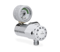 Oxygen pressure regulator / adjustable-flow / high-pressure