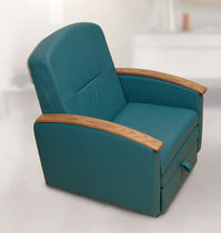 Patient room armchair / convertible