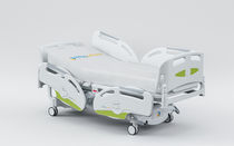 height-adjustable electric intensive care bed (4 sections, with column motors, weighing scale) 71900103 Karismedica SpA