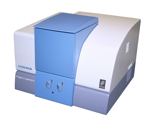 Raman spectrometer / for the pharmaceutical industry / for molecular and cellular biology / bench-top