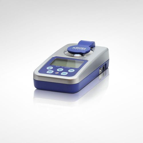 Abbe refractometer / digital / optical / veterinary