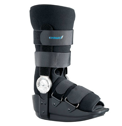 short walker boot / articulated