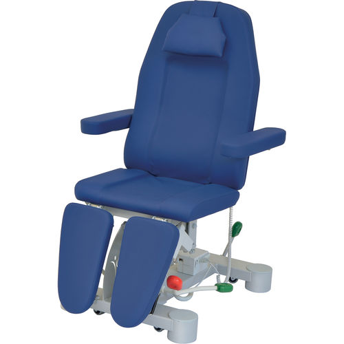 podiatry examination chair / electric / height-adjustable / 3 sections