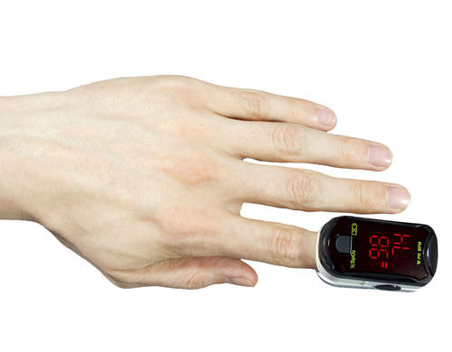 compact pulse oximeter / fingertip / wireless
