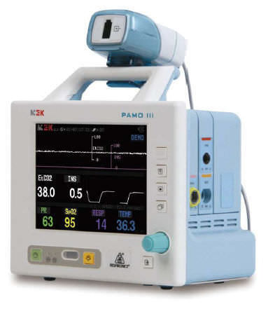 intensive care patient monitor / EtCO2 / tcpCO2 / SpO2
