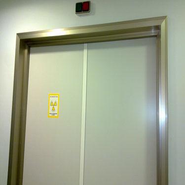 swing door / hospital / laboratory / for healthcare facilities