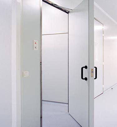 swing door / hospital / laboratory / hermetic