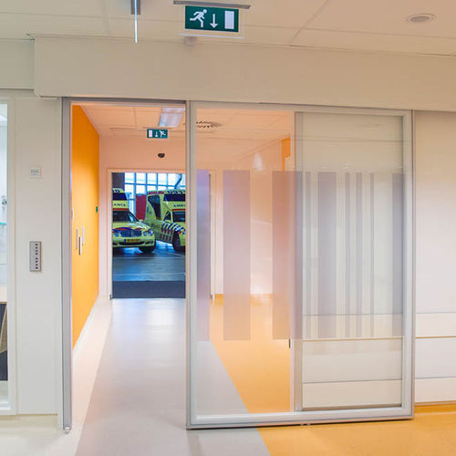 sliding door / laboratory / for the pharmaceutical industry / for healthcare facilities