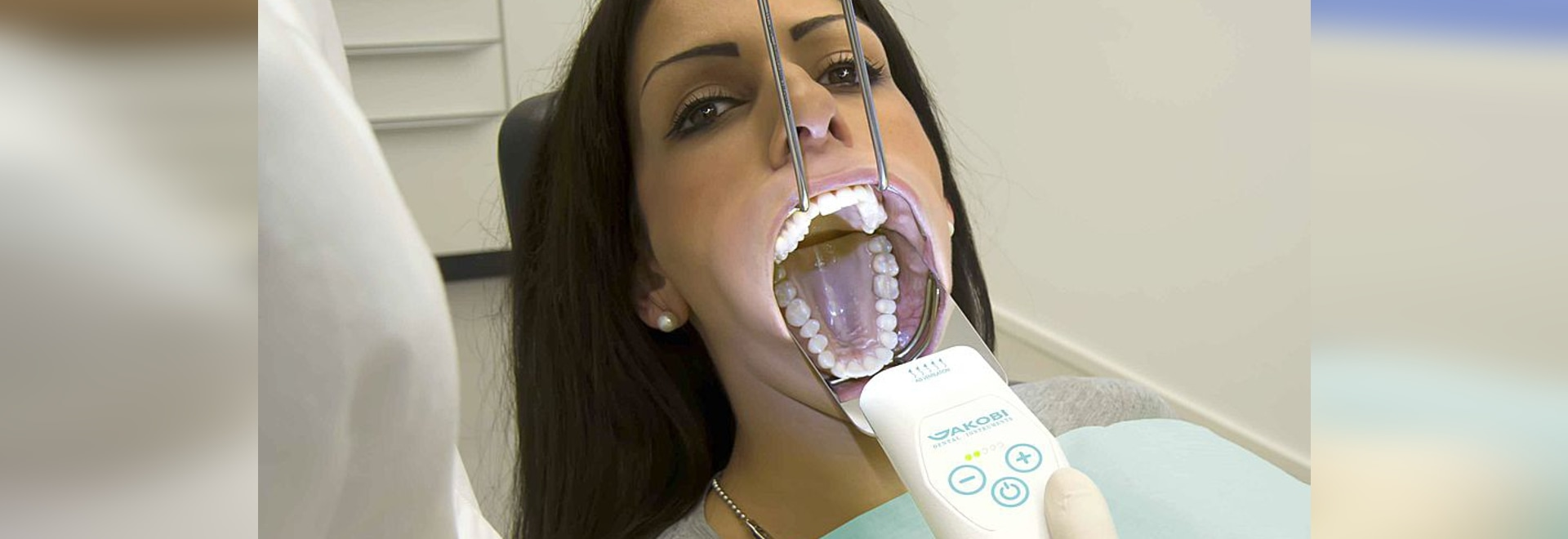 Mist Free Mirrors During Intraoral Photography Jakobi Dental