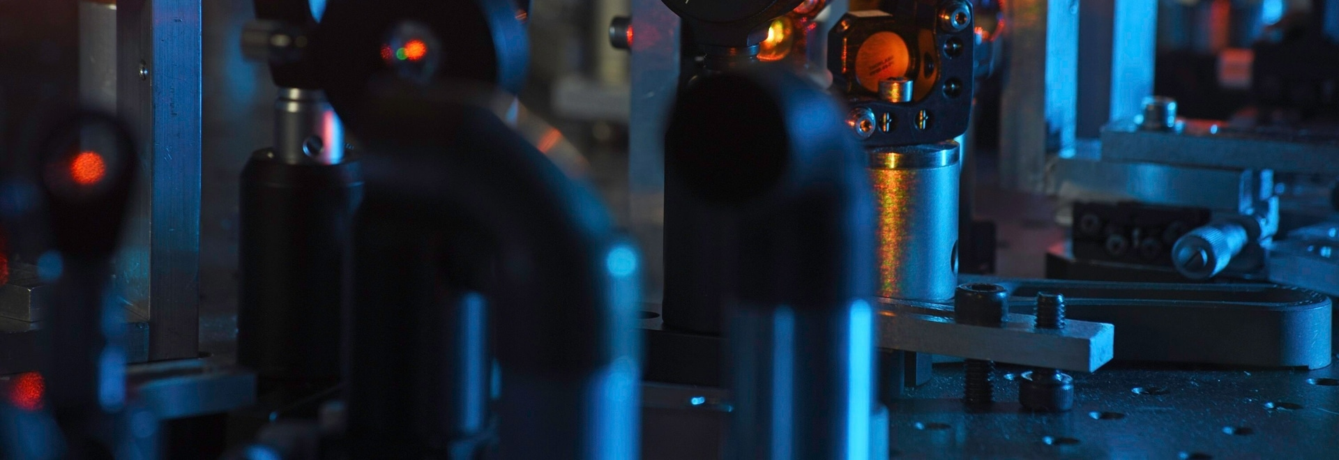 Ultrafast Laser System Suitable for Integration Into Microscopy Solutions
